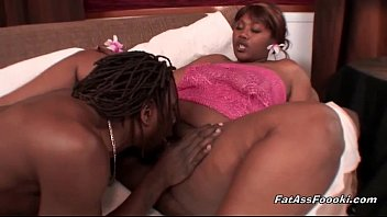 fat black sluts getting licked out
